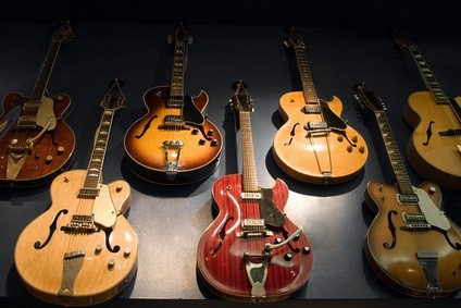 Martin Guitar Museum display of 7 classic guitars