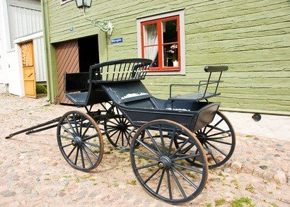 living farm wagon